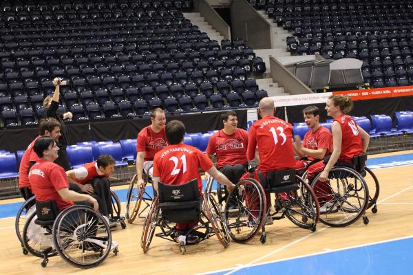 Wheelchair Basket Studánka Pardubice | foto Matěj